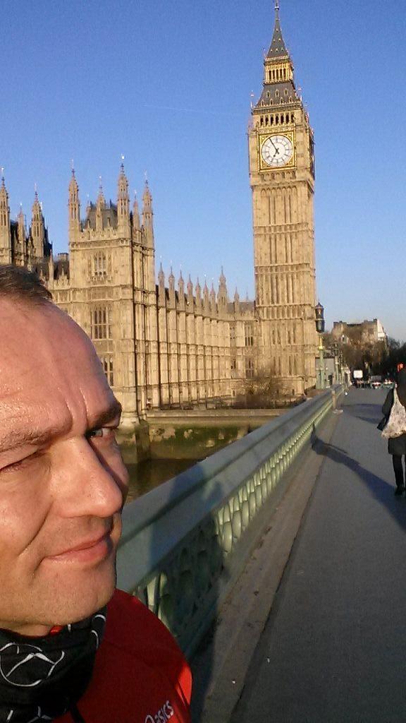 Kopf und Schmerz und London