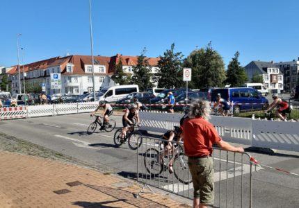 Schweriner Schloß Triathlon by avon…